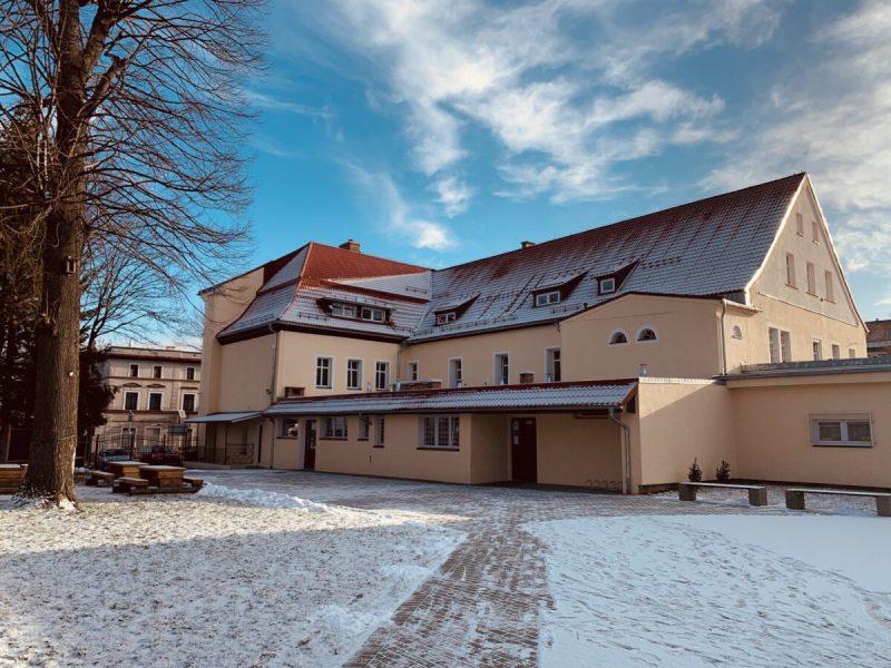 sp3 kowary budynek